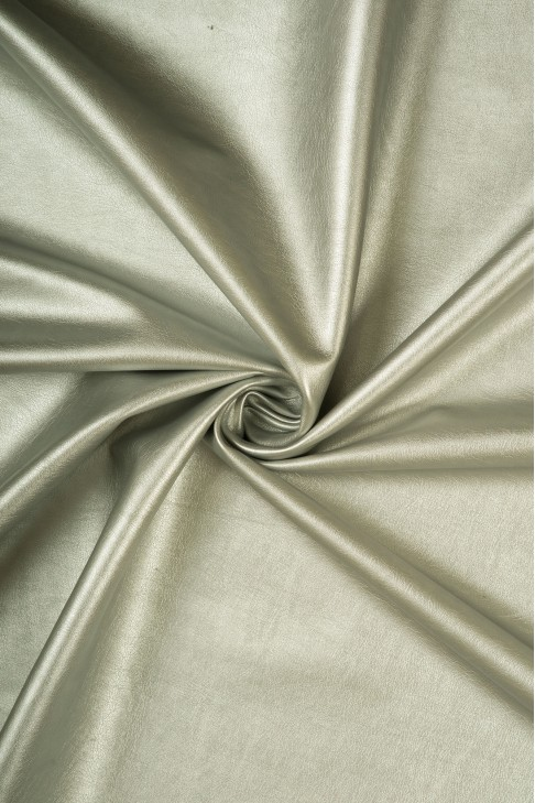 02018 Кожзам цв.01 серебро